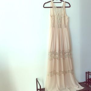 ASTR blush sleeveless lace maxi dress XS